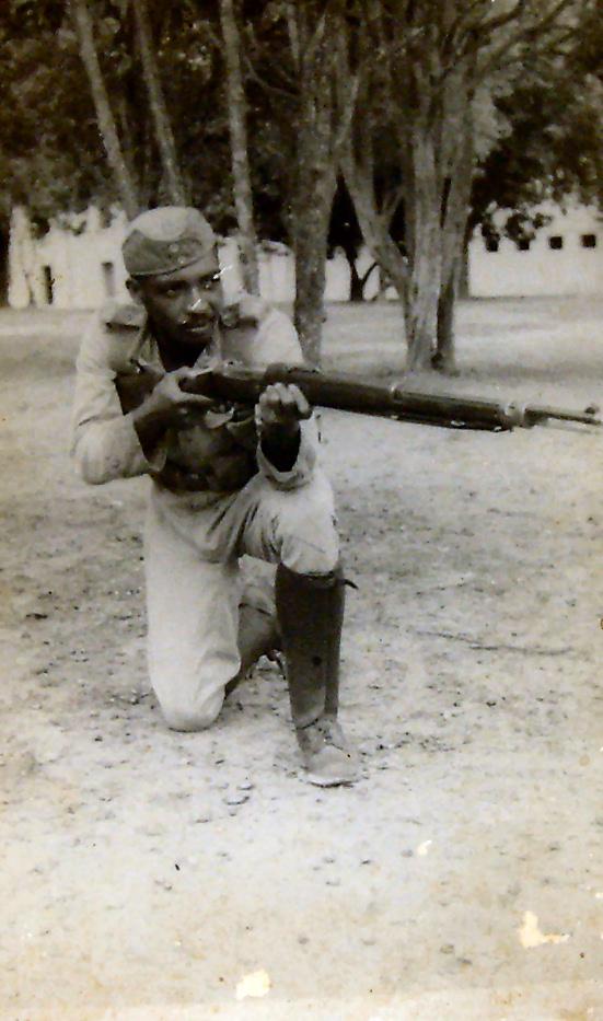Un soldato tipico dell'esercito brasiliano nel 1940 - http://www.quata.com.br/claudomiro_fausto_de_lima.htm