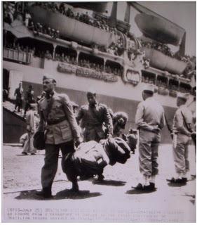 Soldati brasiliani sbarcare in Italia - http://memoriasdofront.blogspot.com.br/2008/11/o-dia-estava-claro-e-ensolarado.html