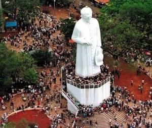 Atualmente existe um grandioso monumento a mémória do Padre Cicero na cidade de Joazeiro, no estado do Ceará