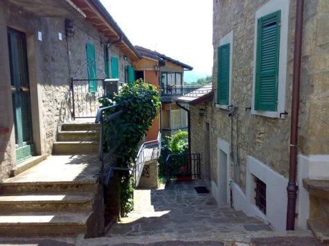 Quadro típico de uma localidade italiana da região próxima a Magdonana, onde ocorreram os crimes