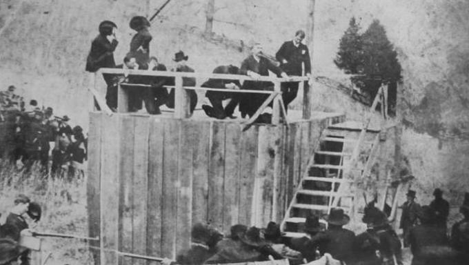 Aspecto do enforcamento de Ellison Mounts