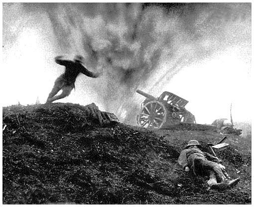 Nos anos seguintes a duração da Primeira Guerra Mundial, que só se encerrou em 1918, sempre próximo ao Natal, os comandantes aumentavam a ação da artilharia para evitar as confraternizações