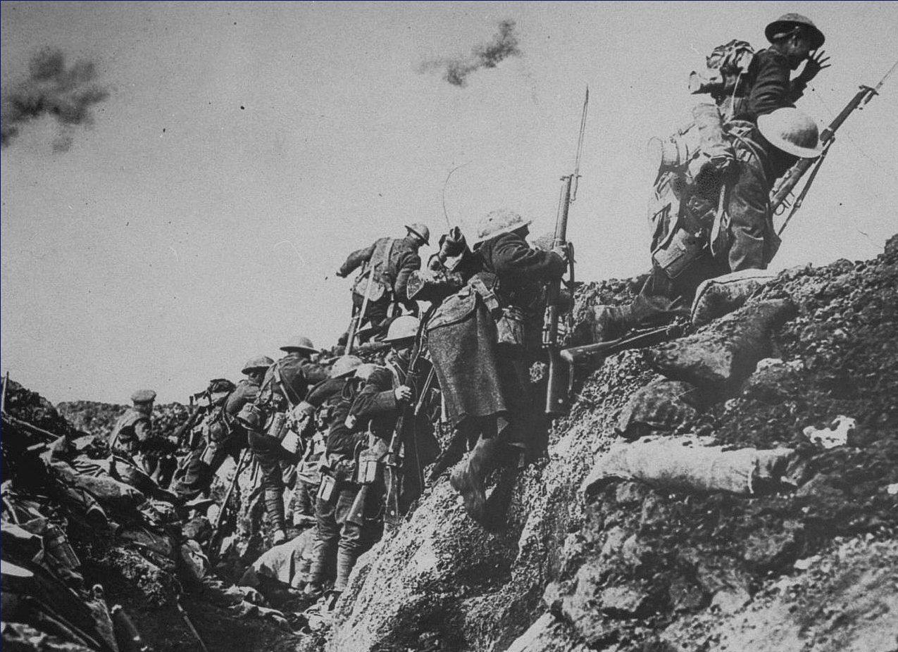 O uso de trincheiras caracterizou a Primeira Guerra Mundial