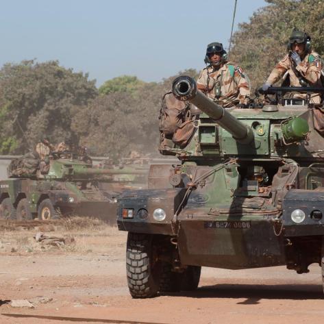 Légion étrangère 1er REC - MALI, janeiro de 2013, A bordo do blindado ERC-90 Sagaie - Fonte - https://pt-br.facebook.com/LegiaoEstrangeiraFrancesa?ef=stream&hc_location=timeline&filter=1