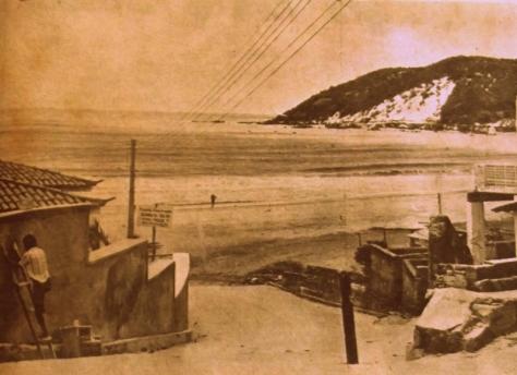 A ladeira de acesso a Praia de Ponta Negra era assim