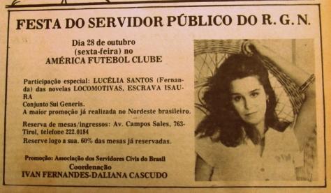Nesse tempo não sei como era a situação salarial dos funcionários públicos, mas a festa aí deve ter sido bem especial e a Lucélia era uma gata!