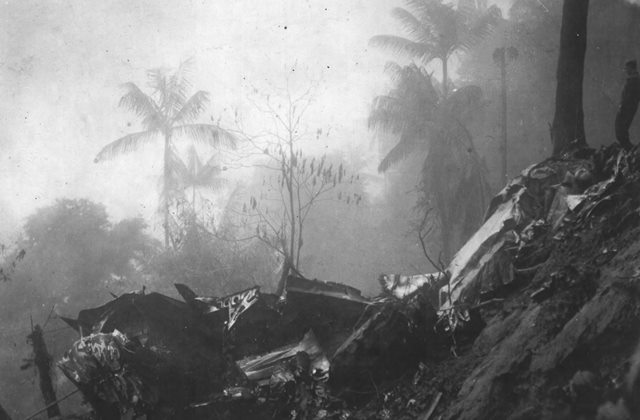 Local da queda de uma aeronave na selva. Dependendo da situação geográfica do local, os destroços podem demorar anos, ou jamis serem encontrados
