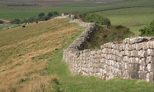 Hadrians-wall-Greenhead-Lough-Velela-pub-e1334082953226