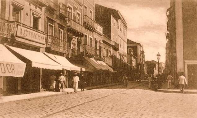 Rua Duque de Caxias.