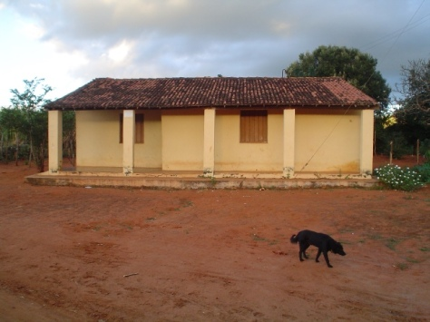 Outra imagem da casa onde pretensamente ocorreu a batalha.