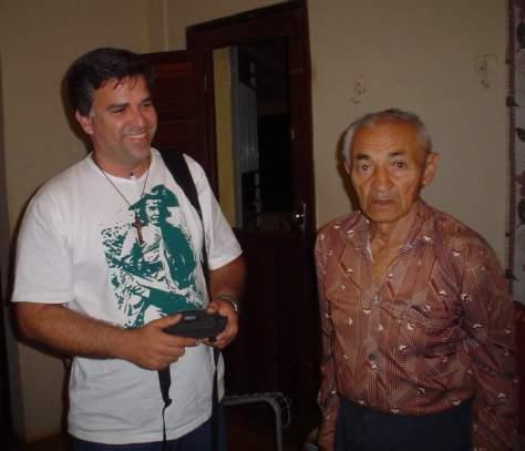 O autor e o memorioso Antônio Ramos Moura.