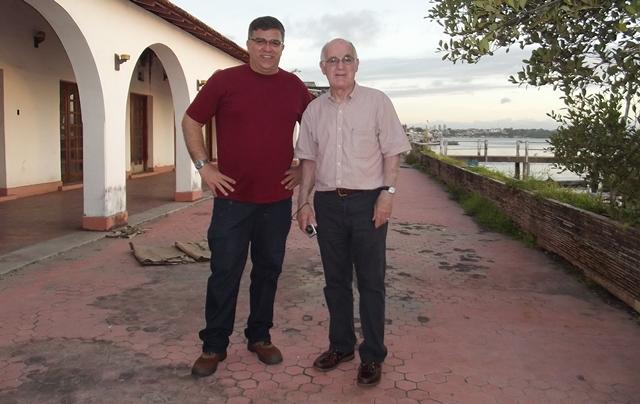 O autor deste artigo com o professor McCann na Rampa - Fonte - Coleção do autor