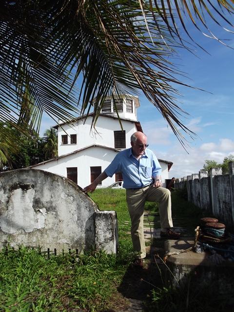 Visita do historiador e brasilianista Frank McCann a Rampa - Fonte - Coleção do autor