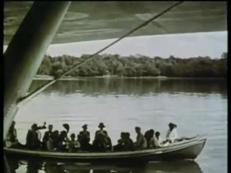 No Rio Potengi, barcos com autoridades potiguares e membros da colônia alemã em Natal encostam no grande DO X