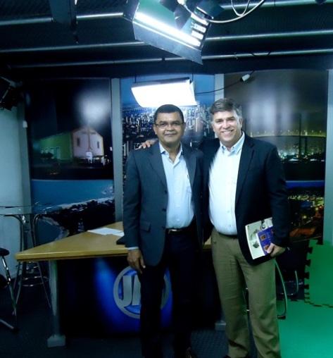 Nos estúdios da TV Metropolitano com Gerson de Castro