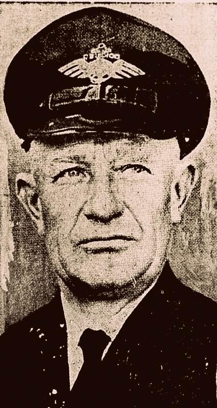 o Kapitänleutnant Frederick Christiansen, comandante do DO X
