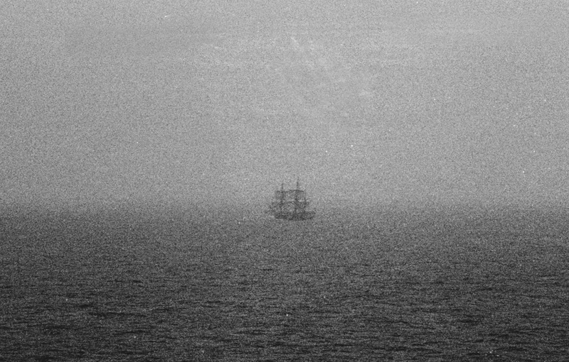 V32_English_Channel_ghost_ship