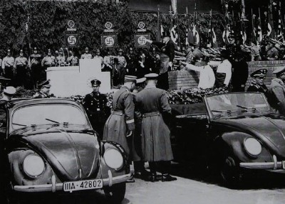 volkswagen-beetle-hitler-1