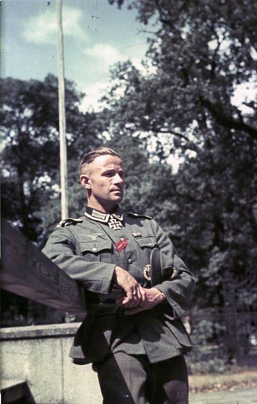 Típico oficial alemão durante a Segunda Guerra Mundial