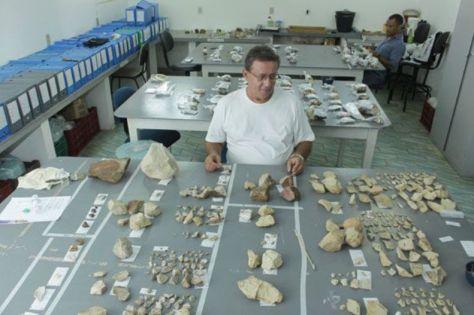 Peças de estudos arqueológicos encontradas no RN ficam no Laboratório de Arqueologia do Museu Câmara Cascudo - Foto - Alex Regis - Fonte - http://www.tribunadonorte.com.br/