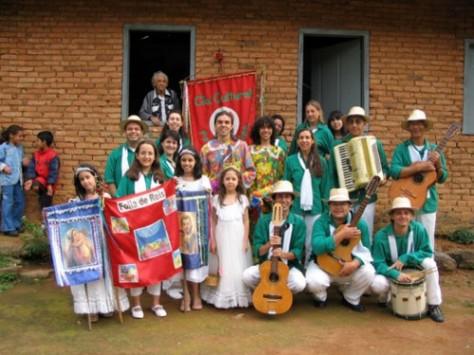 Folia de Reis em Minas Gerais - Fonte - http://www.reidaverdade.net/