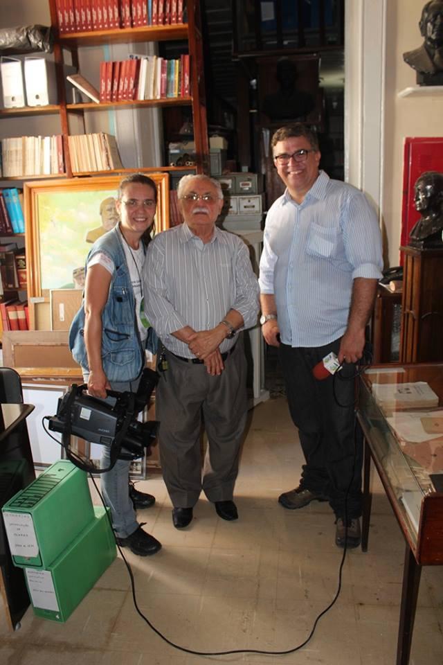 Junto ao Professor Carlos de Miranda Gomes, a quem admiro pelos seus livros e pela batalha na atual gestão do nosso Instituto Histórico.