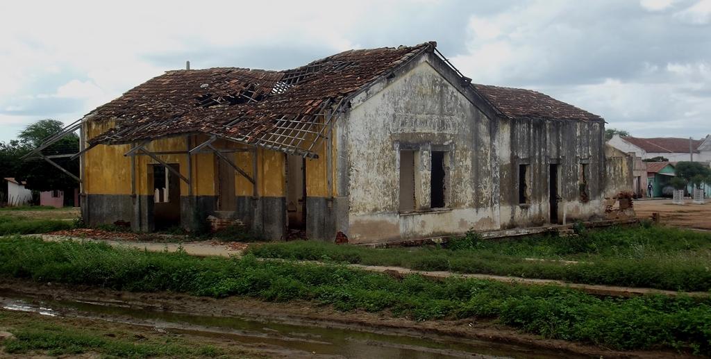 Atual estado da antiga estação ferroviária de Pedro Avelino, Rio Grande do Norte - Foto - Rostand Medeiros