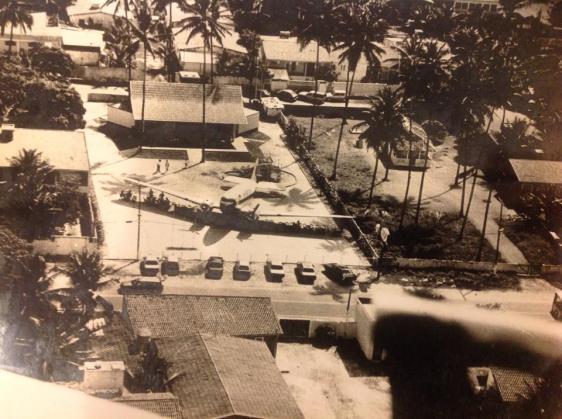 Praia de Maria Farinha PE - Cervejaria Campo de Pouso 1995 - Foto aérea de João Tercio Solano Lopes.