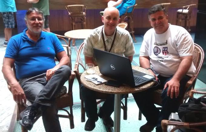No Htl Praiamar com o Prof. Enivaldo Bonelli, o jornalistra Jim Vertuno e Rostand Medeiros