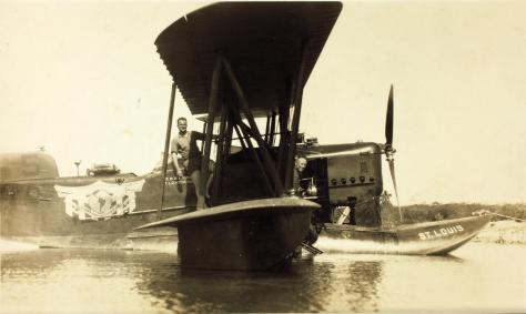 Hidroavião da esquadrilha Dargue
