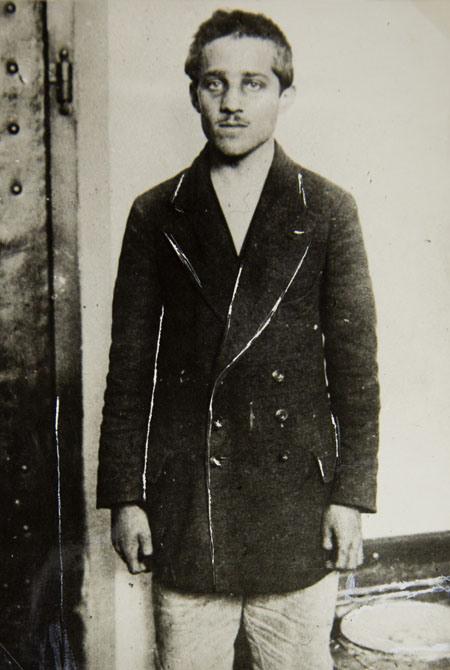 Este é Gavrilo Princip, que em 28 de junho de 1914 disparou os tiros que mataram o arquiduque Francisco Ferdinando da Áustria e sua esposa Sofia, durante uma visita à capital bósnia de Sarajevo - Fonte - AP Photo/Historical Archives Sarajevo