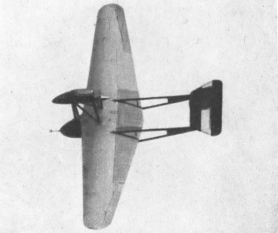 O S.64 em voo.