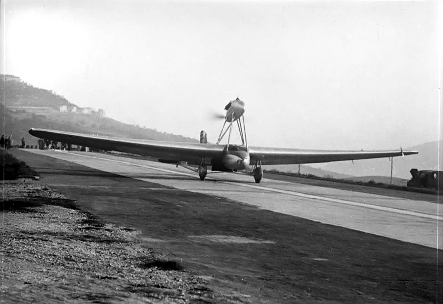 O S. 64 decolando