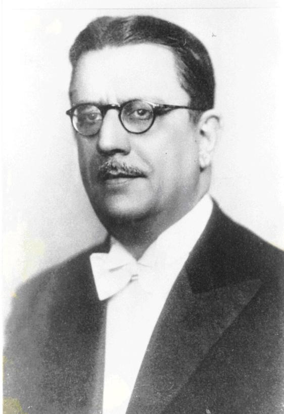 O juiz Arthur Eugênio Magarinos Torres Filho. Nasceu em Campos (RJ) em 16 de janeiro de 1889 e faleceu em 8 de julho de 1960 - Fonte - http://autorescampistas.blogspot.com.br/