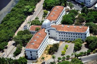 Antiga Cadeia Pública de Recife - Fonte - ideiasembalsamadas.blogspot.com