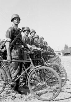 Soldados finlandeses na Força de Paz da ONU no Chipre (1964).