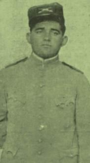 O oficial Theophanes Ferraz Torres, comandante da volante que capturou Silvino. Valente e destemido, seria um grande perseguidor de Lampião.