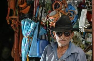 Fonte - http://jornaldehoje.com.br/morre-seu-lunga-sucateiro-que-se-tornou-um-personagem-folclorico/