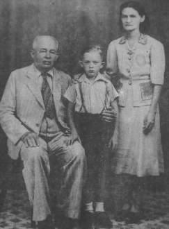 O fazendeiro Antônio Gurgel e framiliares