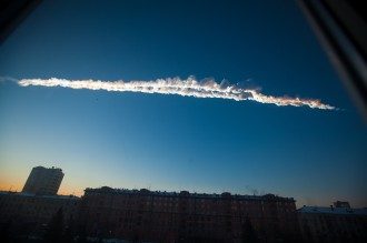 Rastro da destruição do bólido espacial que explodiu a quase 30.000 metros de altitude sobre a Rússia - Fonte - www.startribune.com