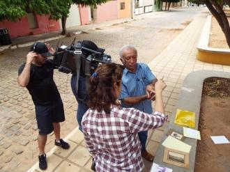 Antônio Antas sendo entrevistado