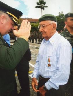 O Seu João Gambarra é sempre prestigiado pelo Exército Brasileiro