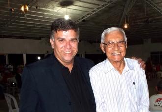 """Junto com escritor Oleone Coelho Fontes, autor do consagrado livro """"Lampião de Bahia"""", que se encontra em sua 9ª edição"""