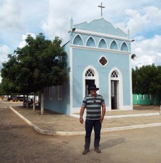 Diante igreja de Nazaré