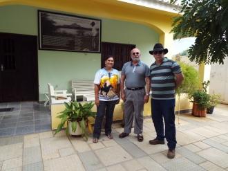 Junto a Cristina Amaral Lira, na casa do falecido tenente Gomes de Lima e com o Ivanildo Silveira