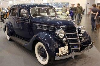 Foto de um modelo Ford V 8 de 1937 e preservado na Alemanha