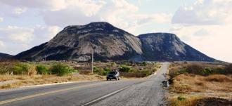 Serra da Rajada, expressiva paisagem do Sertão do Seridó Potiguar