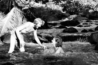 O explorador e sua esposa Liv na Polinésia - Fonte - www.aftenposten.no