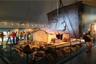 A Kon Tiki em um museu na cidade de Oslo, Noruega - Fonte - www.virtualtourist.com