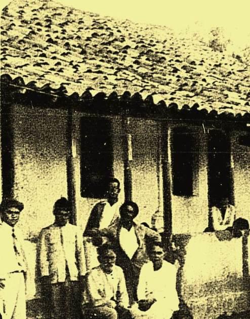 Fazenda Pereiro, onde estão os irmãos Francisco, João e Antônio Ferreira Barbosa e seus familiares. Surras e casas saqueadas.
